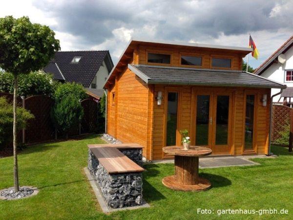 blockhaus-mit-Gabionenbank