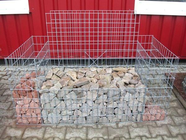 Gabionensteine-in-der-Gabionenbank