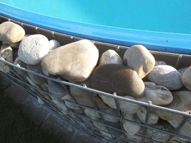 Gabionensteine-Pool
